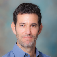 Professor Robins Receives NIH Award to Study Impact of COVID-19 on Mexican-origin Adults in California